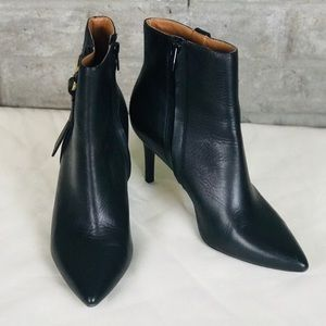 CALVIN KLEIN Grace Pointed toe Ankle booties